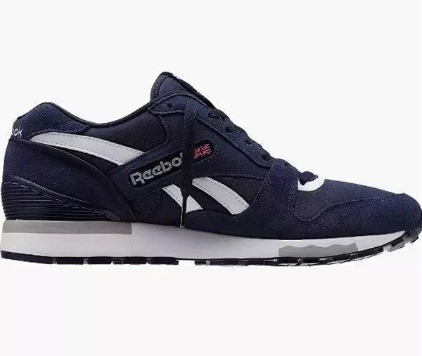 48829fe55c32 REEBOK – первая в мире компания, которая занялась выпуском кроссовок. Такой  большой опыт в производстве именно этой обуви делает Рибок одним из самых  ...