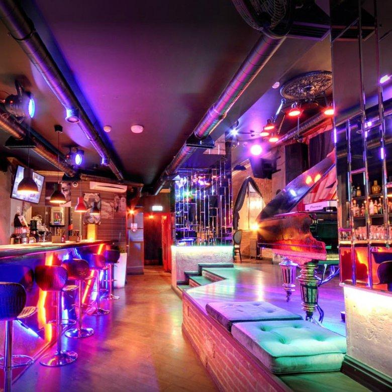 Самые дорогие ночные клубы санкт петербурга клуб москва на минском шоссе пейнтбол