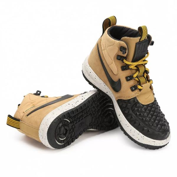 f24b772be Компания представляет спортивную обувь. NIKE нацелена прежде всего на  комфорт, что так важно при занятиях спортом. По мнению технологов, самые  важные части ...