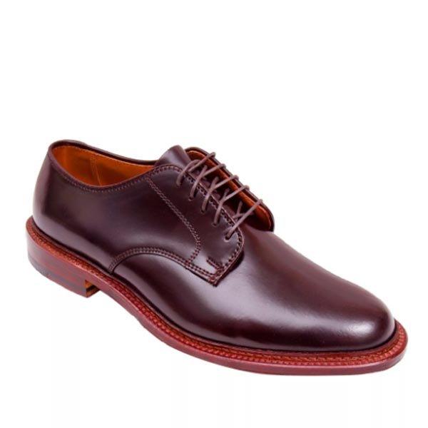 b44911eea38 20 лучших брендов мужской обуви - рейтинг 2019