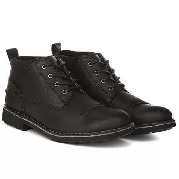 e8948b072c1 Популярная компания Clarks производит комфортную обувь с тщательно  продуманной конструкцией. Эта фирма имеет представительства во многих  странах мира.