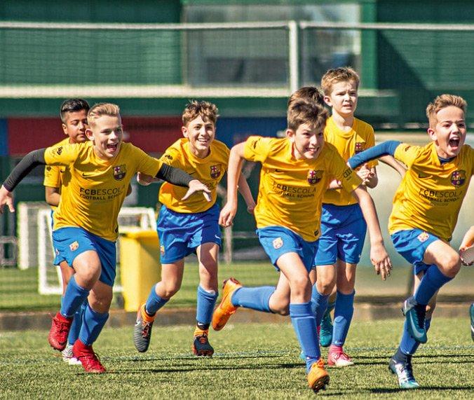Футбольные детские клубы в москве фитнес клубы для студентов москва