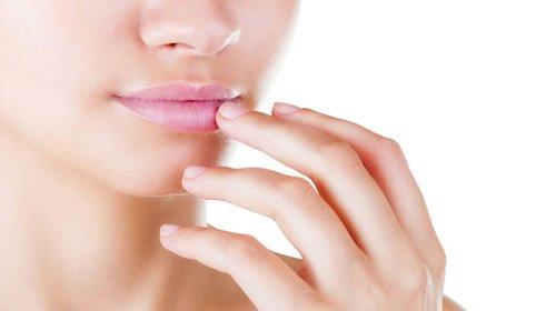 Как и чем быстро вылечить стоматит во рту у взрослых в домашних условиях